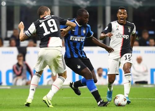 Ювентус в Милане обыграл Интер и вышел на первое место в Серии А