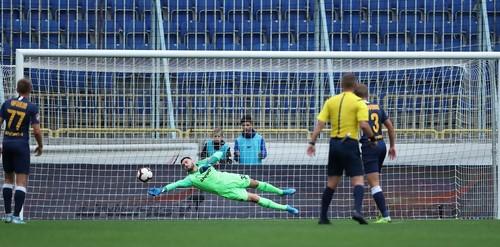 Валерий ЮРЧУК: «Матчи с Динамо и Шахтером нас закалили»