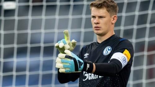 Бавария может бесплатно подписать вратаря Шальке