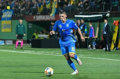 Миколенко вернулся в общую группу сборной Украины