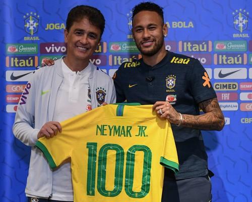 Неймар проведет 100-й матч в составе сборной Бразилии