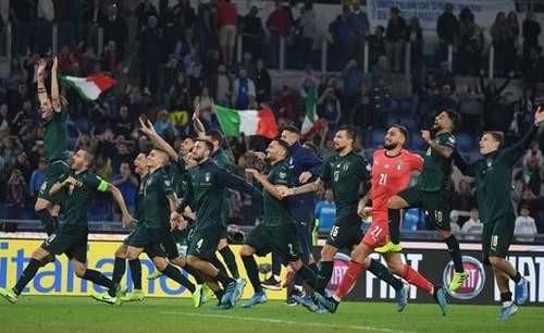 Группа J. Италия всухую обыграла Грецию и вышла на Евро-2020