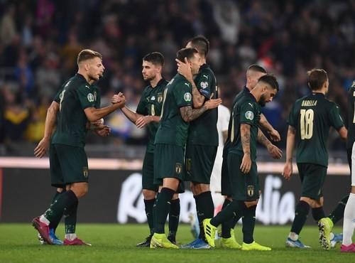 Сборная Италии выиграла 8 матчей подряд впервые за 81 год