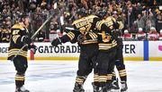 НХЛ. Бостон разгромил Каролину во втором матче финала Востока