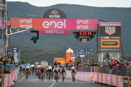 Джиро-2019. Вивиани выиграл третий этап