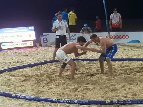 Украинские борцы завоевали еще 2 медали на Всемирных пляжных играх