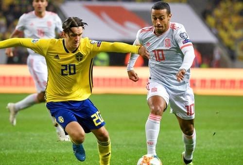Испания вырвала ничью в Швеции в компенсированное время