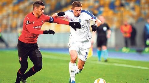 Скауты Фенербахче следили за Миколенко в матче с Португалией
