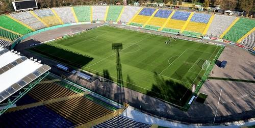 Карпаты планируют реконструировать стадион Украина