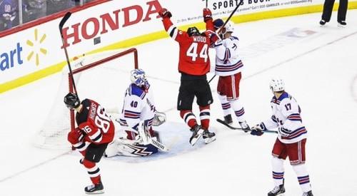 НХЛ. Первая победа Нью-Джерси, дубль Кессела, успех Тампы и Баффало