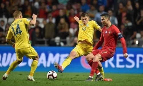 Виталий МИКОЛЕНКО: «Особо не думал, что буду играть против Роналду»