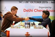 Украинский шахматист обыграл Прагнанандха и стал лидером ЧМ U-20