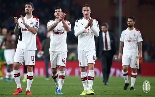 Милан – Лечче – 2:2. Видео голов и обзор матча