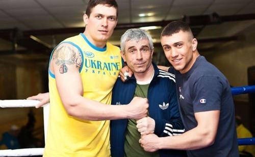 Анатолий Ломаченко получил специальный пояс от WBC