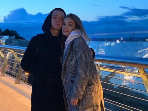 ФОТО. Лидер Динамо прогулялся по Киеву со своей девушкой