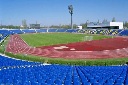 ВІДЕО. У Сімферополі горів стадіон Локомотив
