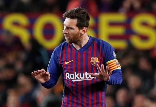 ВИДЕО. Месси забивает голы в 15 сезонах Лиги чемпионов подряд