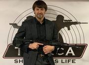 ВИДЕО. Как Шовковский упражнялся в стрельбе из пистолета