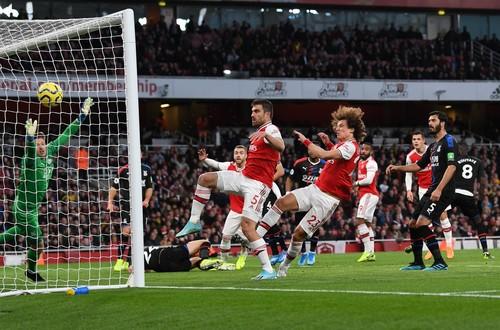 Арсенал - Кристал Пелас - 2:2. Відео голів та огляд матчу