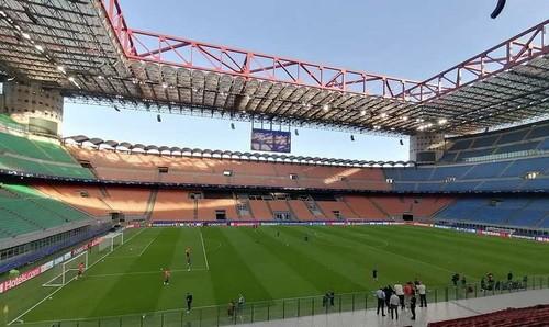 В Милане приняли решение, что делать с Сан-Сиро