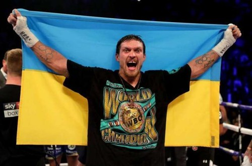 Усик вошел в топ-5 рейтинга супертяжей по версии WBC