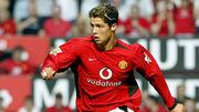 ВИДЕО. 16 лет назад Роналду забил дебютный гол в составе Манчестер Юнайтед