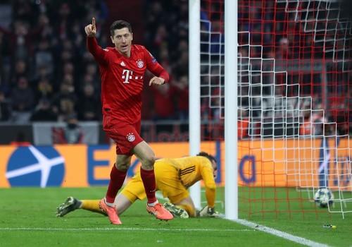 Левандовски повторил рекорд чемпионата Германии по голам подряд