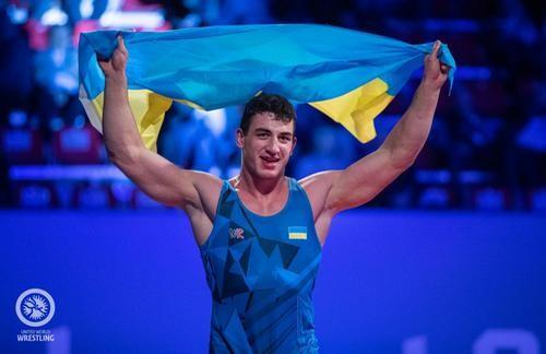 Украинец Семен Новиков защитил титул чемпиона мира