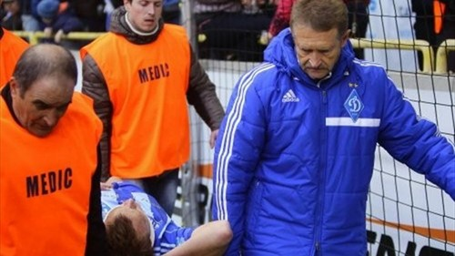 В матче юношеских команд Динамо U-17 и Шахтера U-17 был удален доктор