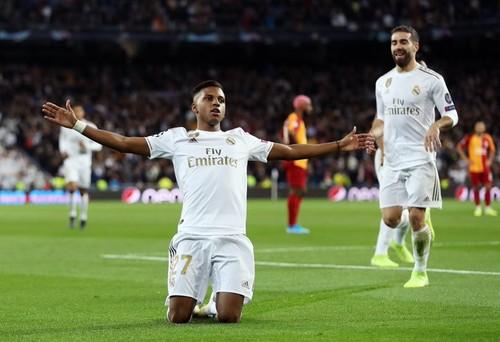 Реал отправил 6 мячей в ворота Галатасарая, ПСЖ минимально одолел Брюгге