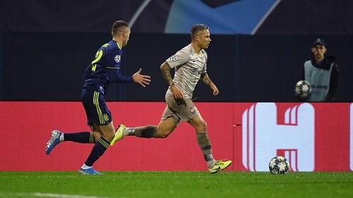 В матче с загребским Динамо Пятов и Марлос отметили еврокубковые юбилеи