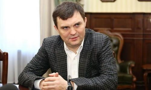 Евгений КРАСНИКОВ: «Отставка? Это полная ерунда»