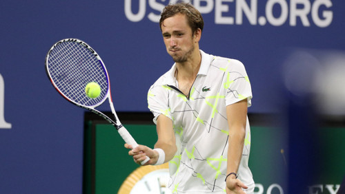 Итоговый турнир АТР. Циципас обыграл Медведева впервые в карьере
