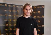 Хорватский полузащитник Модрич выиграл награду Golden Foot