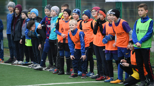 Шахтер открыл две футбольные площадки в Харькове