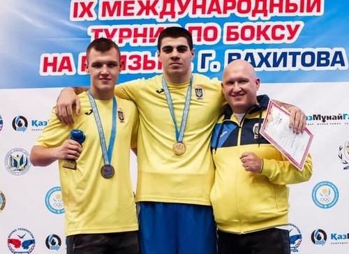 Украинские боксеры завоевали две медали на турнире в Казахстане