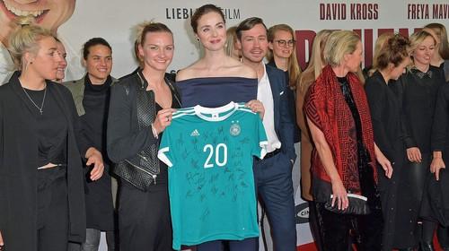 Женская сборная Германия высмеяла отношение к женскому футболу