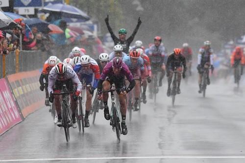 Джиро-2019. Вторая победа Аккерманна