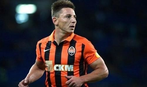 Кобин завершил карьеру футболиста