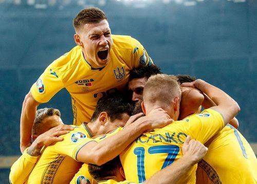 На матчі Україна — Естонія буде аншлаг