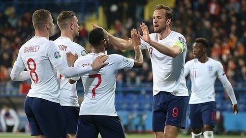 Кейн вышел на 6 место в списке лучших бомбардиров сборной Англии