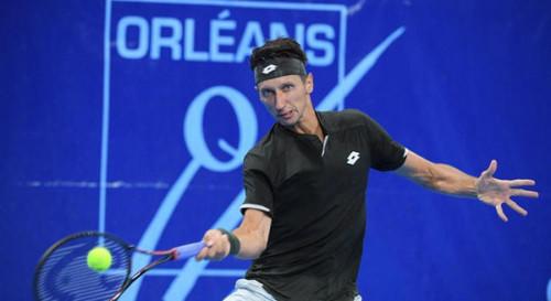 Стаховский проиграл четвертьфинал в Хельсинки