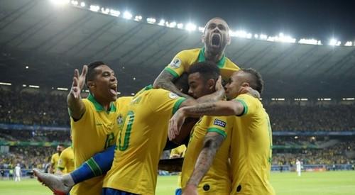 Битва Бразилии и Аргентины: Неймар вне состава, Месси на поле