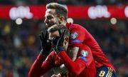 Група F. Іспанія і Швеція завершили відбір перемогами