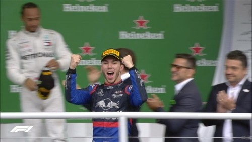 ВИДЕО. Безумная реакция Гасли на свой первый подиум в Формуле-1