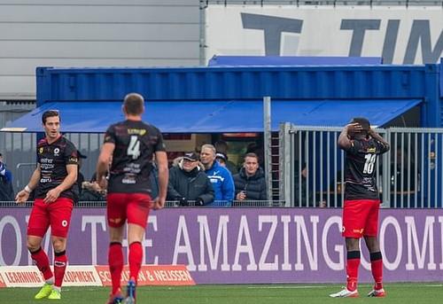 ВИДЕО. Как игрок в Голландии подвергся расизму, забил гол и показал жест