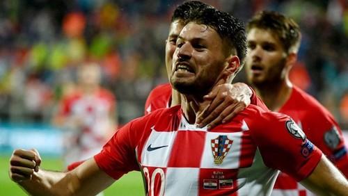 Барселона может подписать форварда Динамо Загреб