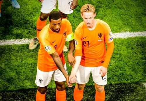 Група C. Германия и Нидерланды одержали крупные победы