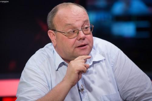 ФРАНКОВ: «Надеюсь, Павелко заплатит премиальные не искусственным покрытием»