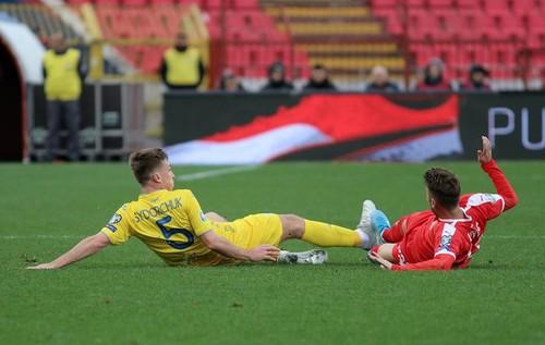 ВИДЕО. Что происходило в раздевалке сборной Украины после игры с Сербией